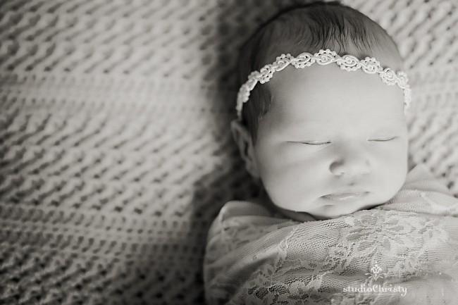 Newborn-05.jpg